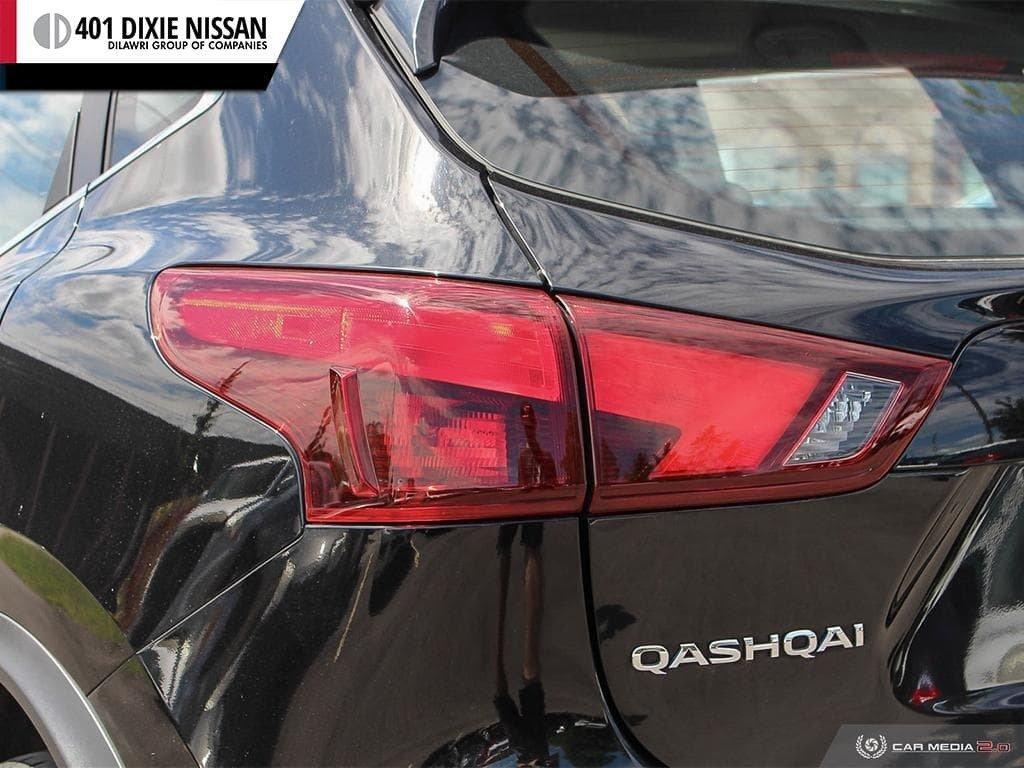 2017 Nissan Qashqai SV AWD CVT in Mississauga, Ontario - 11 - w1024h768px