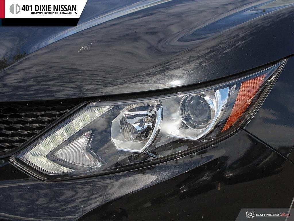 2017 Nissan Qashqai SV AWD CVT in Mississauga, Ontario - 9 - w1024h768px