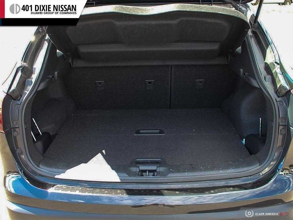 2017 Nissan Qashqai SV AWD CVT in Mississauga, Ontario - 10 - w1024h768px
