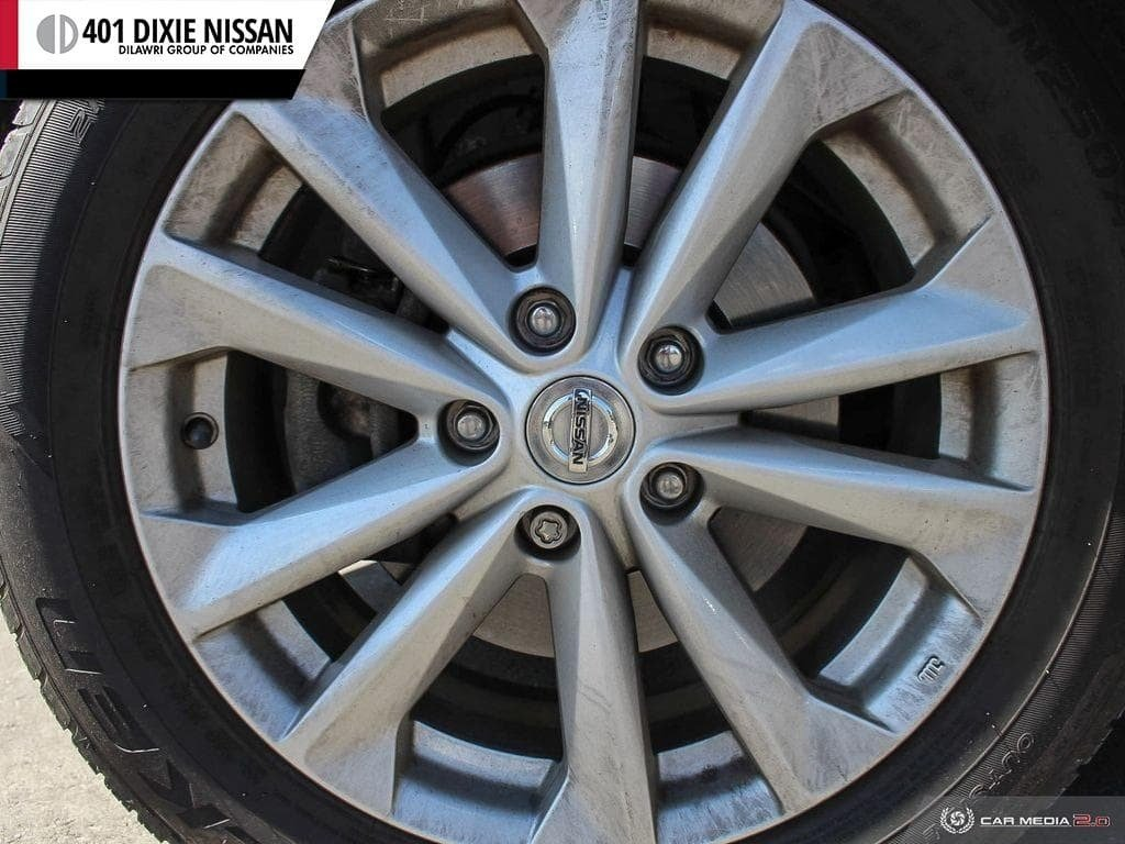 2017 Nissan Qashqai SV FWD CVT in Mississauga, Ontario - 6 - w1024h768px