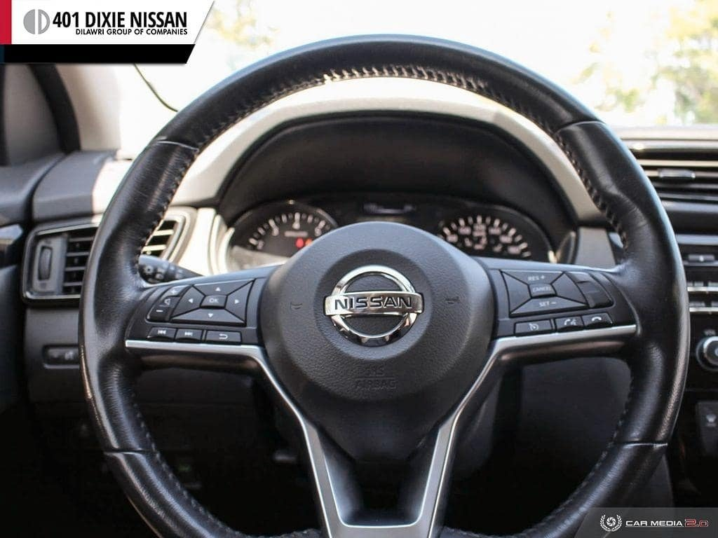 2017 Nissan Qashqai SV FWD CVT in Mississauga, Ontario - 14 - w1024h768px