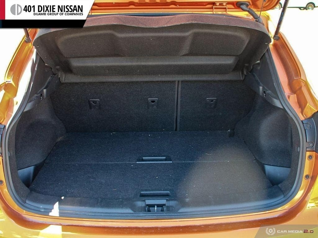 2017 Nissan Qashqai SV FWD CVT in Mississauga, Ontario - 11 - w1024h768px