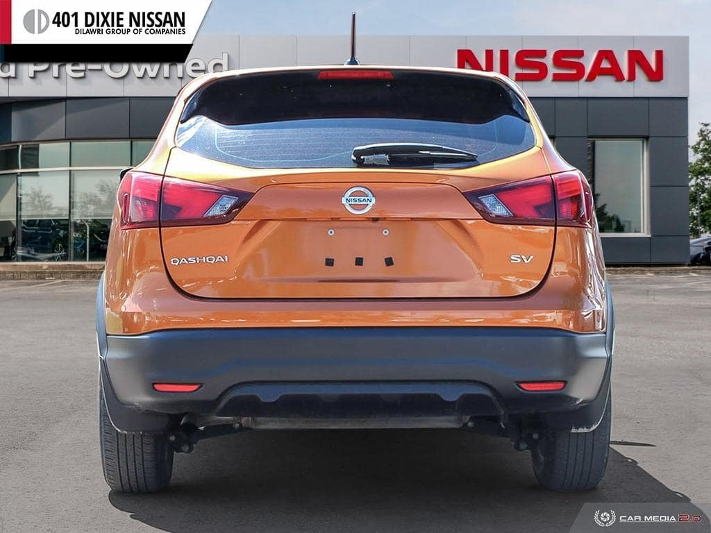 2017 Nissan Qashqai SV FWD CVT in Mississauga, Ontario - 5 - w1024h768px