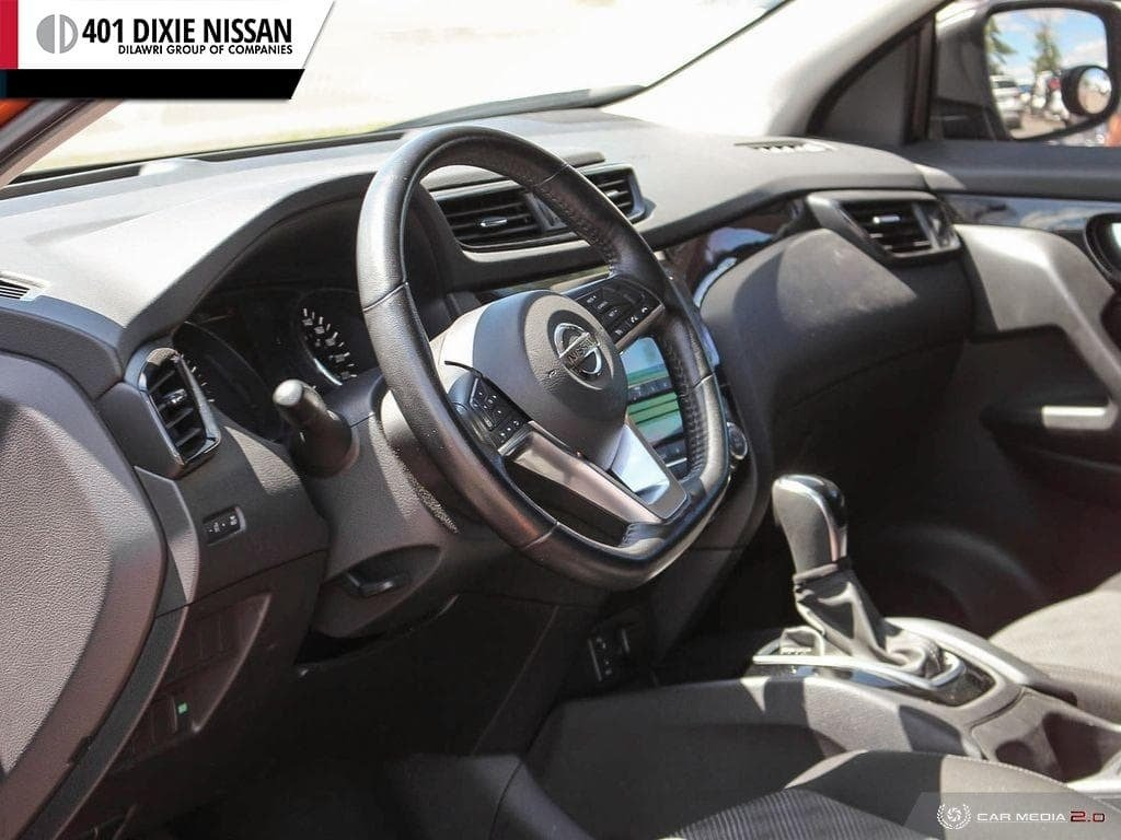 2017 Nissan Qashqai SV FWD CVT in Mississauga, Ontario - 13 - w1024h768px