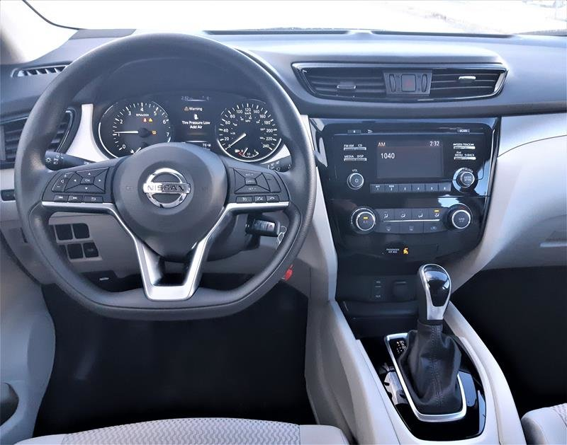 2018 Nissan Qashqai S FWD CVT (2) in Vancouver, British Columbia - 14 - w1024h768px