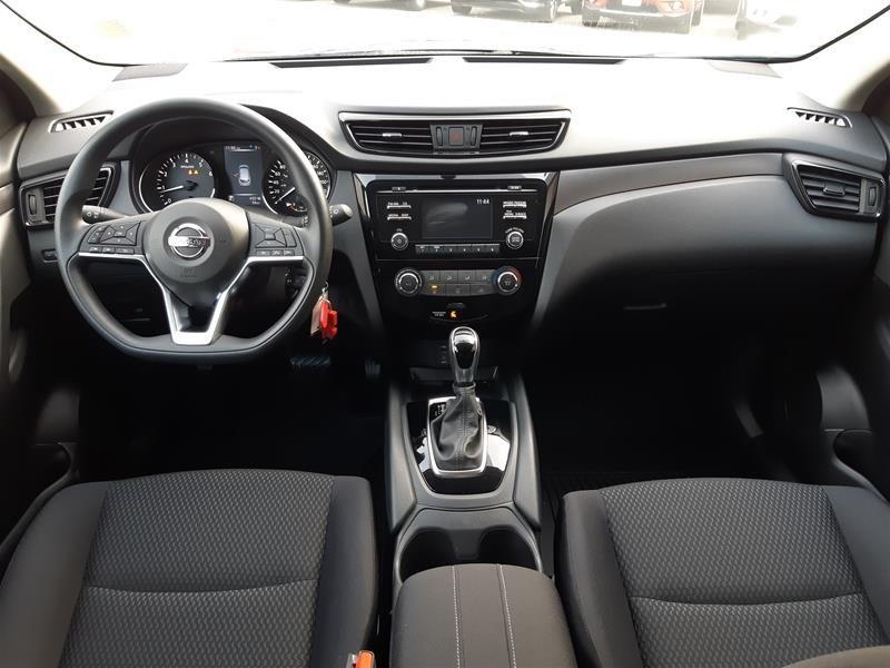 2018 Nissan Qashqai S AWD CVT (2) in Vancouver, British Columbia - 5 - w1024h768px