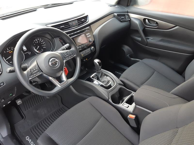 2018 Nissan Qashqai S AWD CVT (2) in Vancouver, British Columbia - 4 - w1024h768px