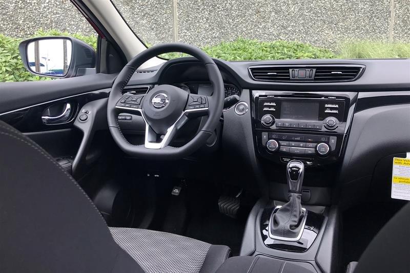 2019 Nissan Qashqai SV AWD CVT in North Vancouver, British Columbia - 4 - w1024h768px