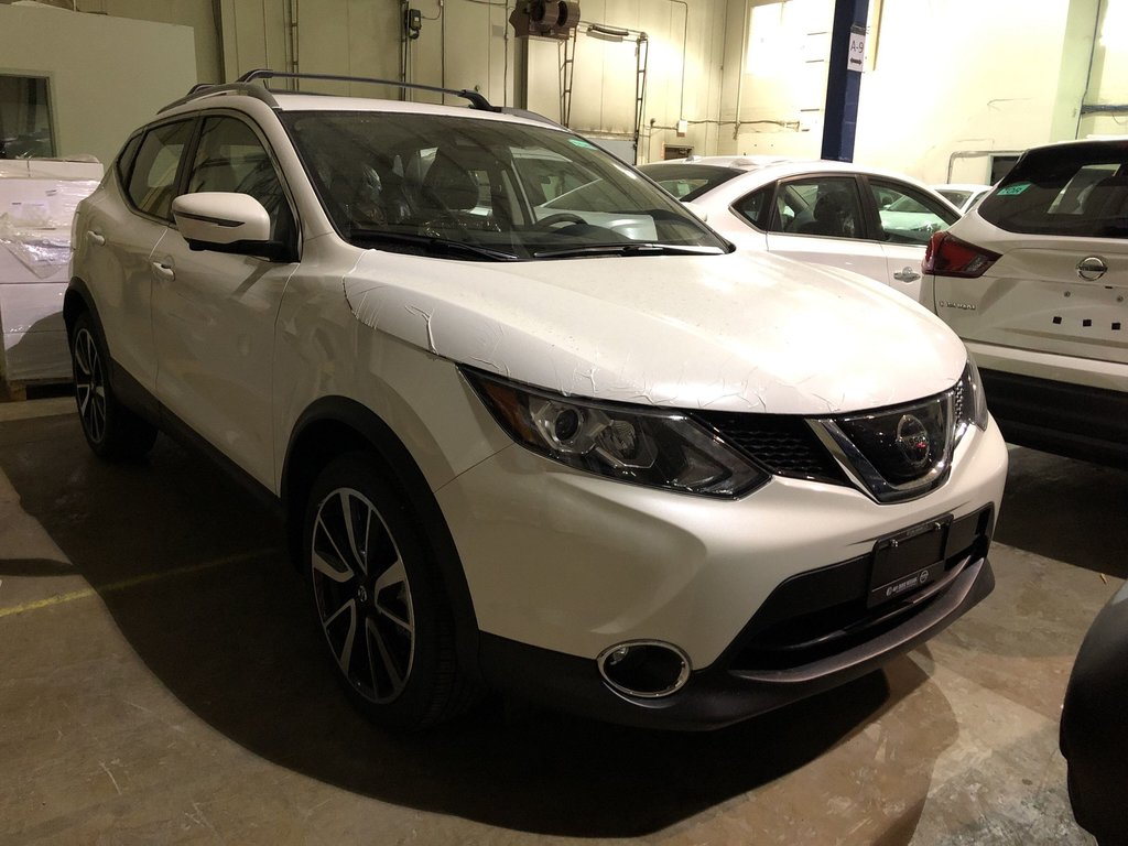 2019 Nissan Qashqai SL AWD CVT in Mississauga, Ontario - 2 - w1024h768px