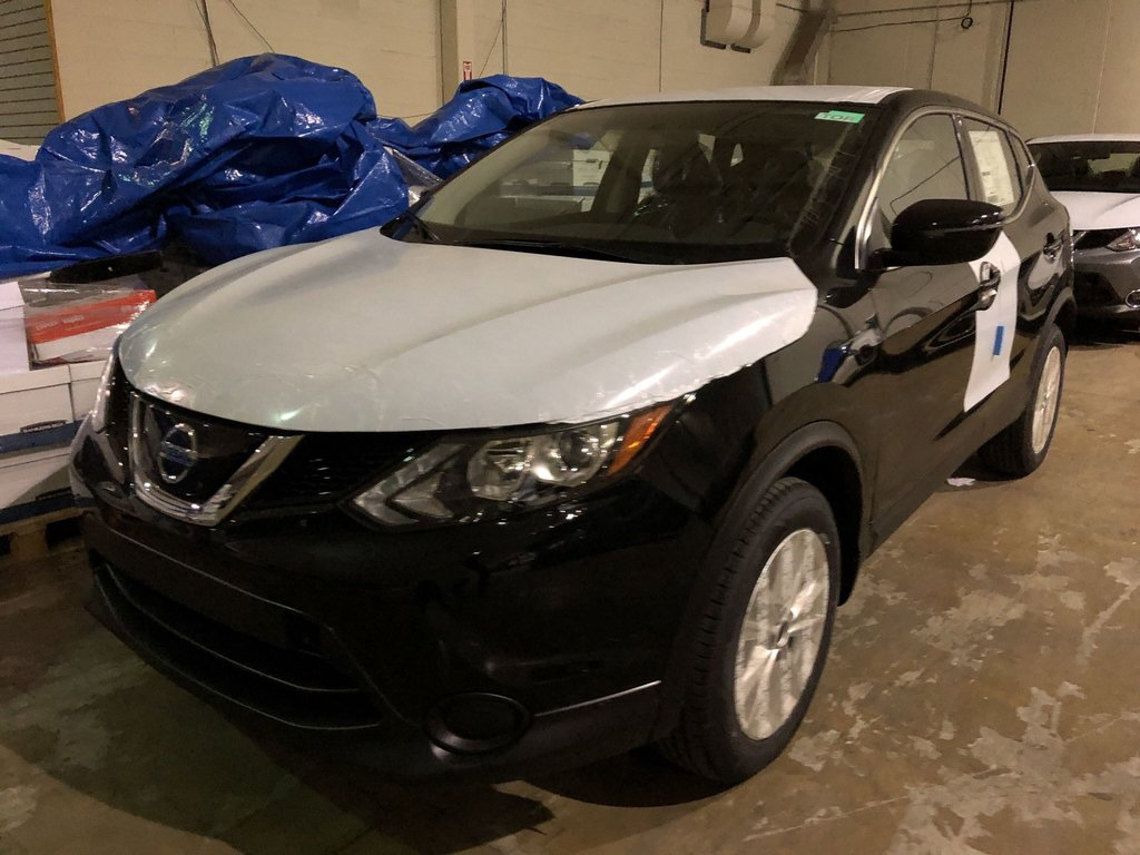 2019 Nissan Qashqai S AWD CVT in Mississauga, Ontario - 1 - w1024h768px
