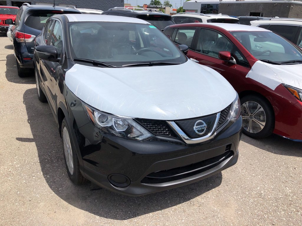 2019 Nissan Qashqai S AWD CVT in Mississauga, Ontario - 4 - w1024h768px