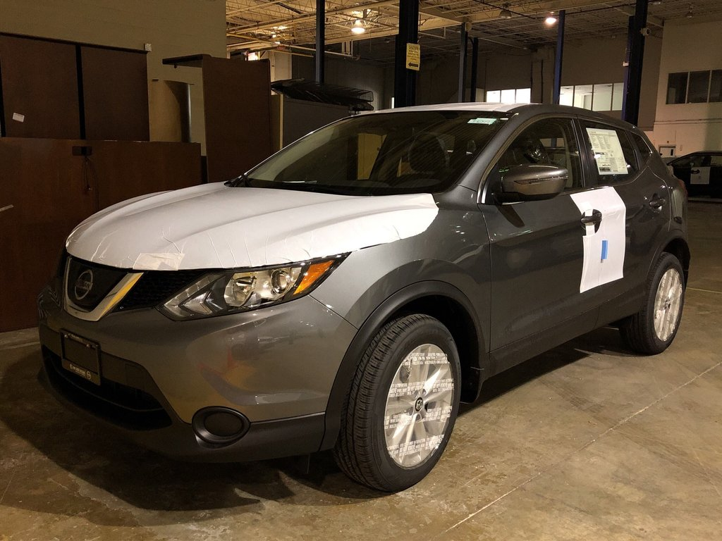 2019 Nissan Qashqai S FWD CVT in Mississauga, Ontario - 1 - w1024h768px