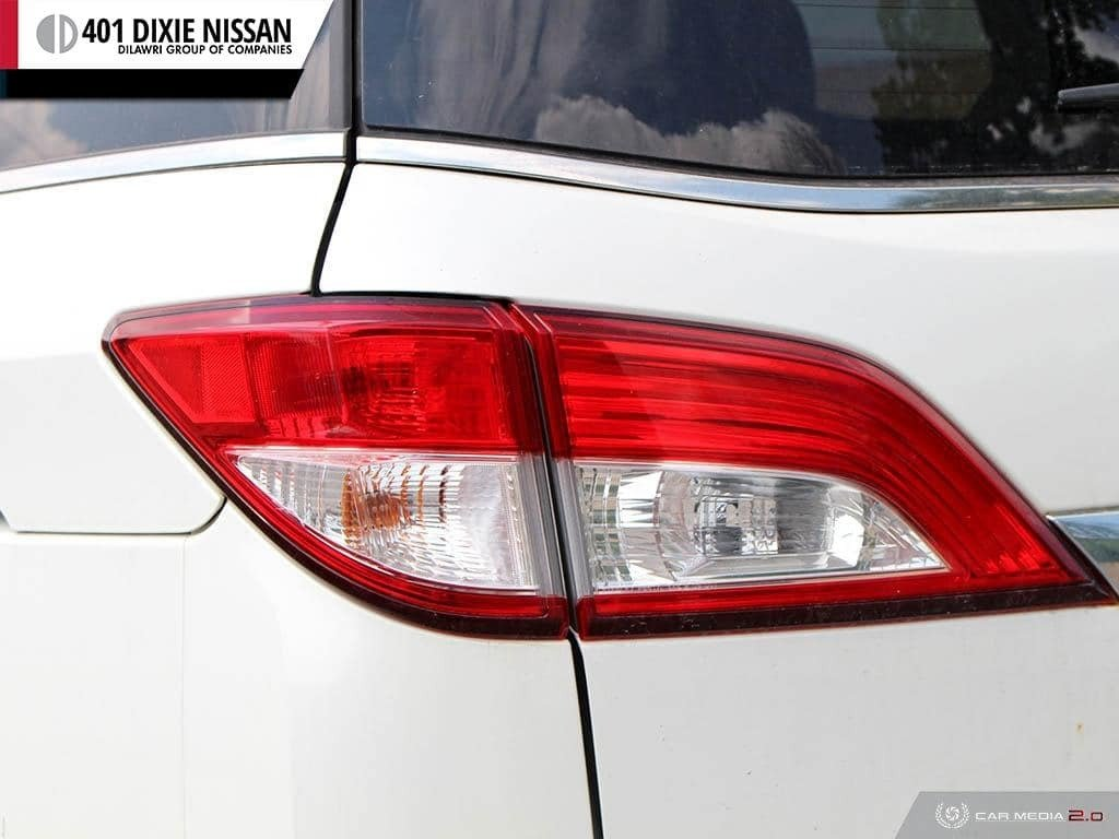 2011 Nissan Quest 3.5 SV CVT in Mississauga, Ontario - 11 - w1024h768px