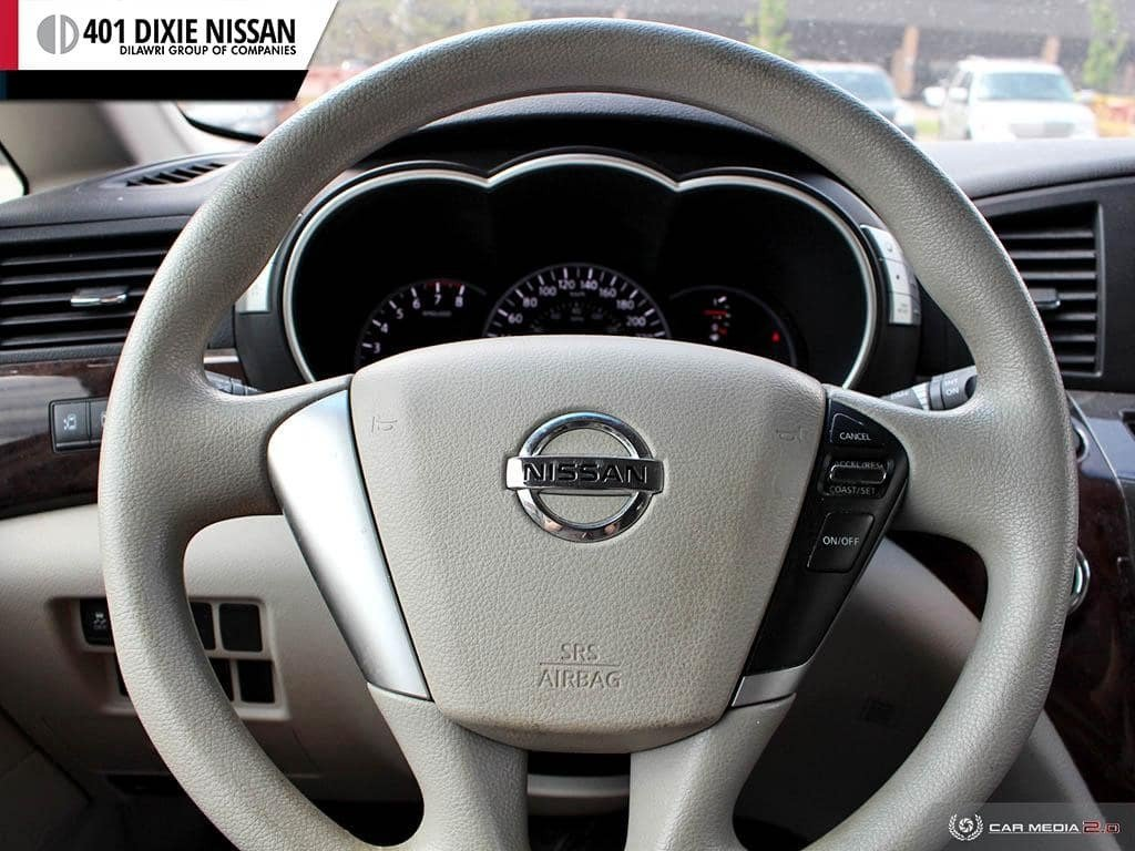 2011 Nissan Quest 3.5 SV CVT in Mississauga, Ontario - 13 - w1024h768px