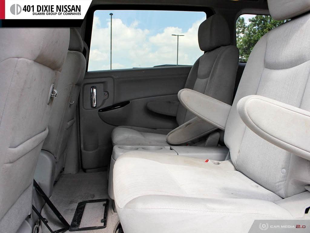 2011 Nissan Quest 3.5 SV CVT in Mississauga, Ontario - 23 - w1024h768px