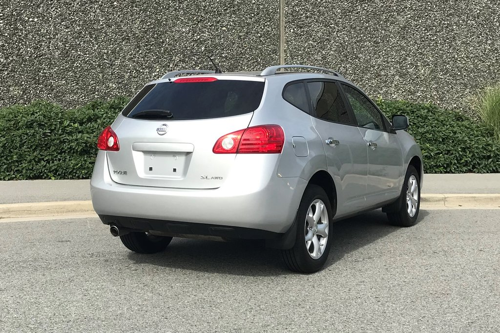 2010 Nissan Rogue SL AWD CVT in North Vancouver, British Columbia - 13 - w1024h768px