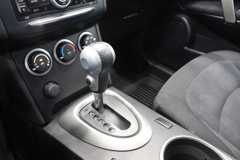 2013 Nissan Rogue S AWD CVT in Regina, Saskatchewan - 4 - w1024h768px