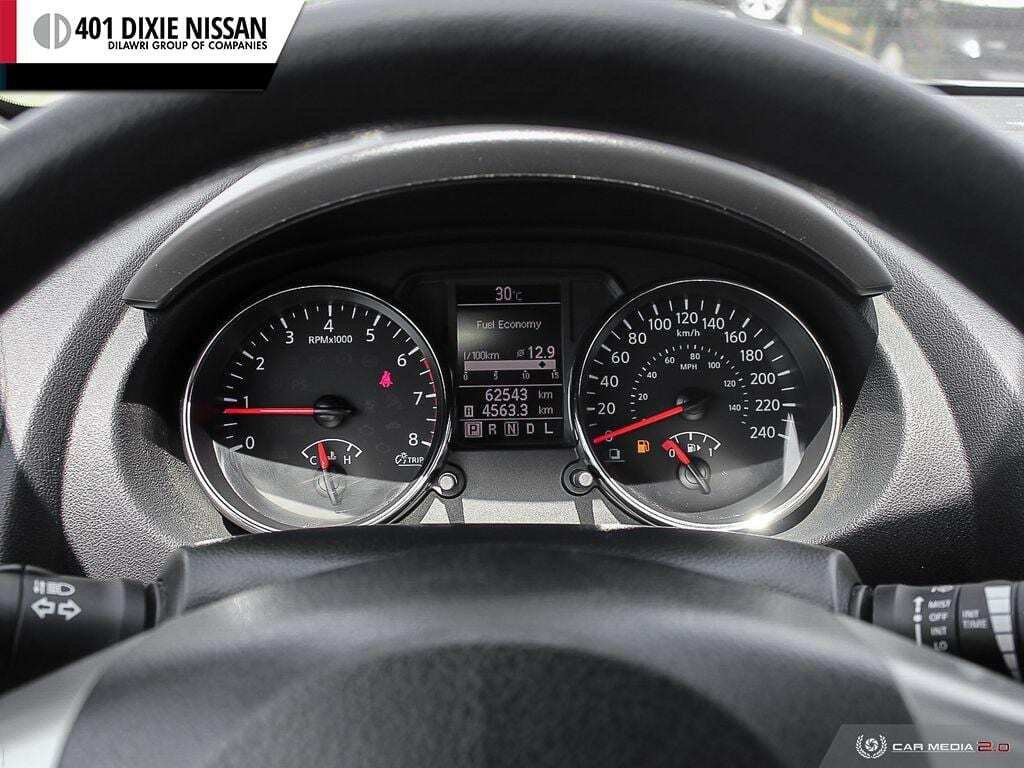 2013 Nissan Rogue S FWD CVT in Mississauga, Ontario - 8 - w1024h768px