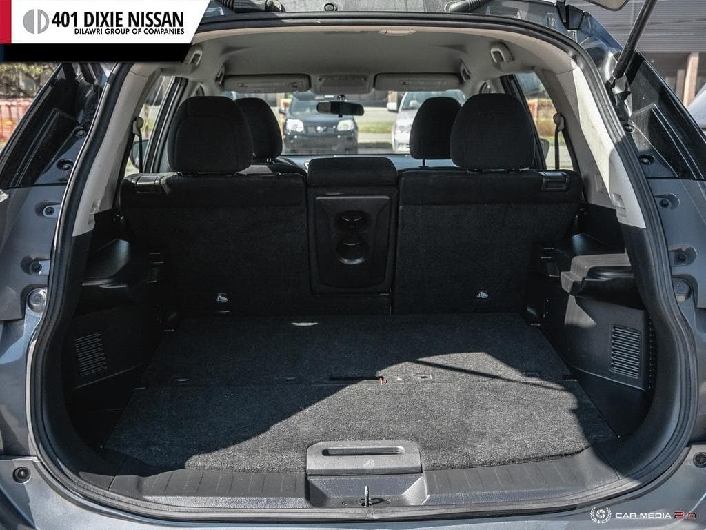 2014 Nissan Rogue S FWD CVT in Mississauga, Ontario - 11 - w1024h768px