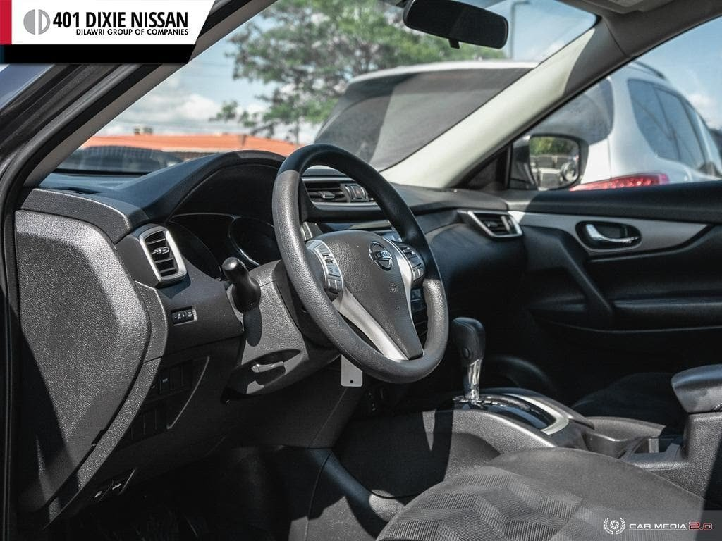 2014 Nissan Rogue S FWD CVT in Mississauga, Ontario - 13 - w1024h768px