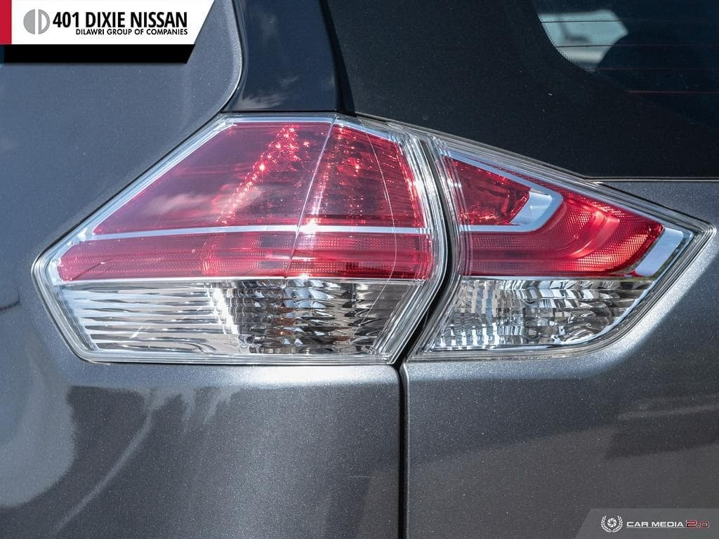 2014 Nissan Rogue S FWD CVT in Mississauga, Ontario - 12 - w1024h768px