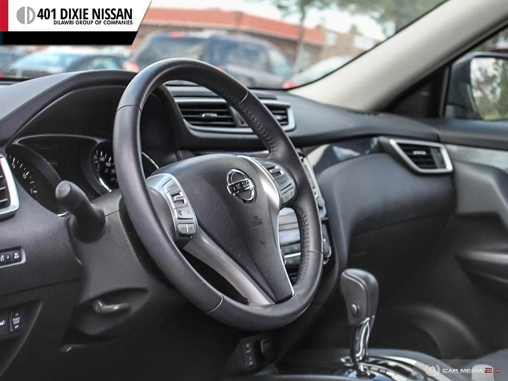2014 Nissan Rogue SL AWD CVT in Mississauga, Ontario - 13 - w1024h768px