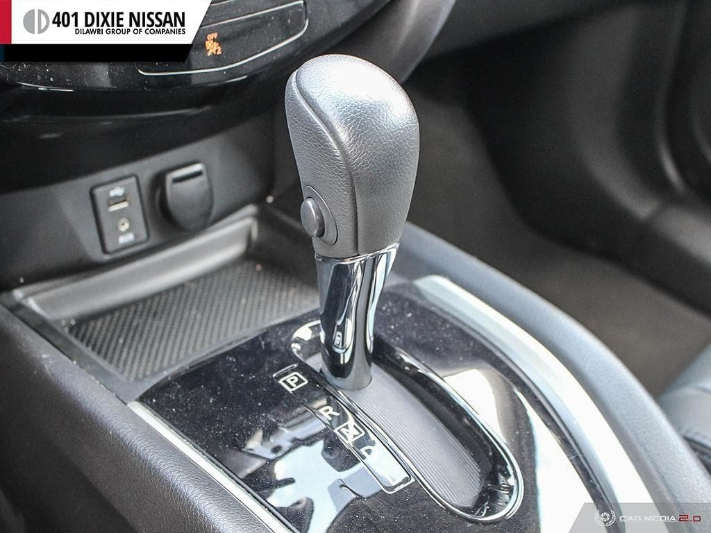 2014 Nissan Rogue SL AWD CVT in Mississauga, Ontario - 18 - w1024h768px