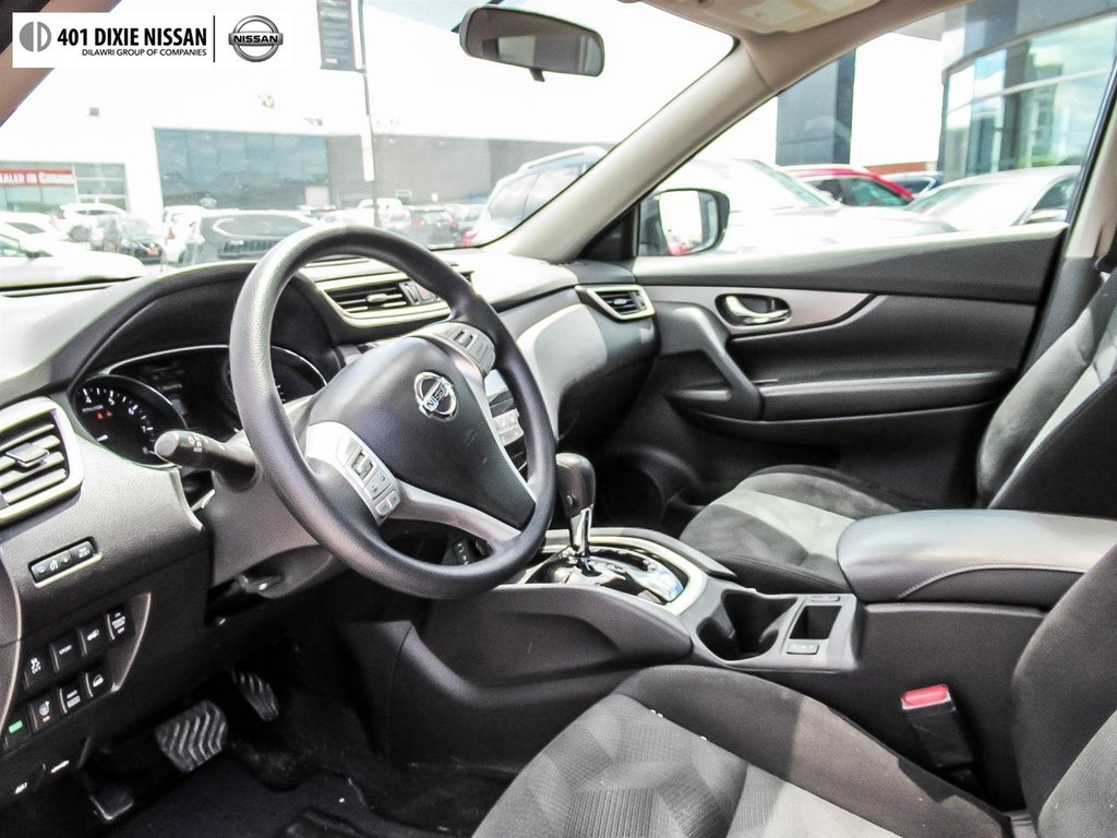 2015 Nissan Rogue SV AWD CVT in Mississauga, Ontario - 9 - w1024h768px