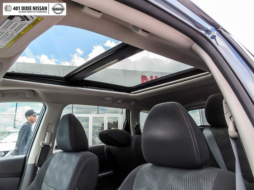2015 Nissan Rogue SV AWD CVT in Mississauga, Ontario - 50 - w1024h768px