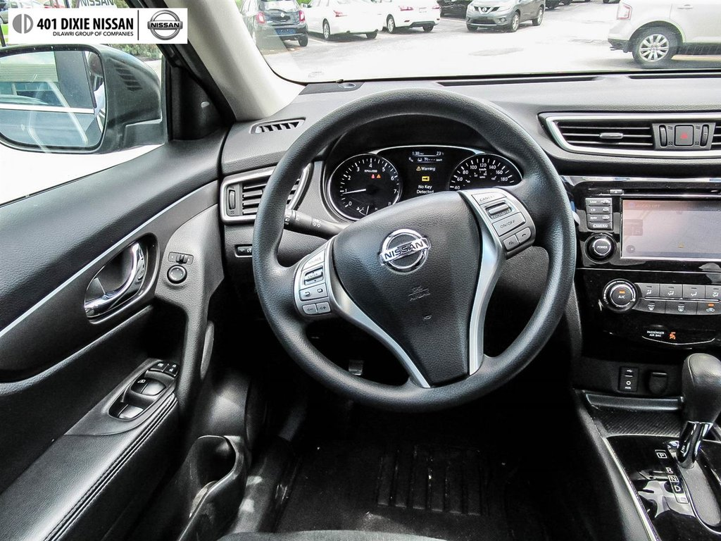 2015 Nissan Rogue SV AWD CVT in Mississauga, Ontario - 41 - w1024h768px