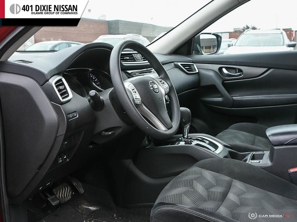 2015 Nissan Rogue SV AWD CVT in Mississauga, Ontario - 13 - w1024h768px