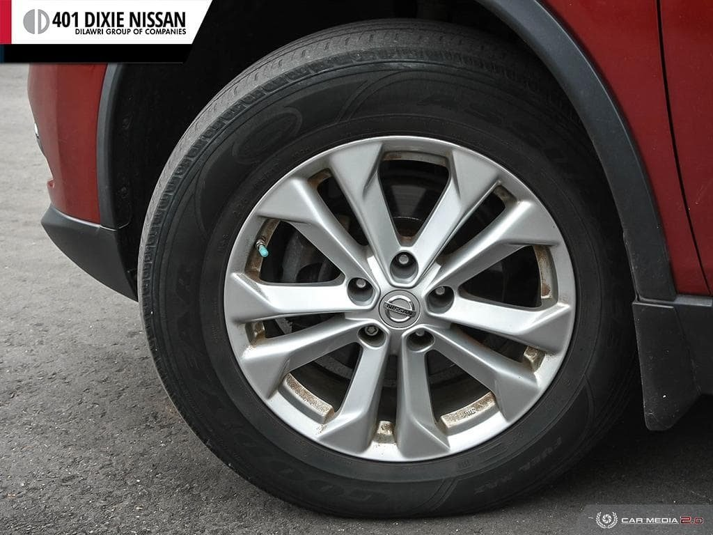 2015 Nissan Rogue SV AWD CVT in Mississauga, Ontario - 6 - w1024h768px