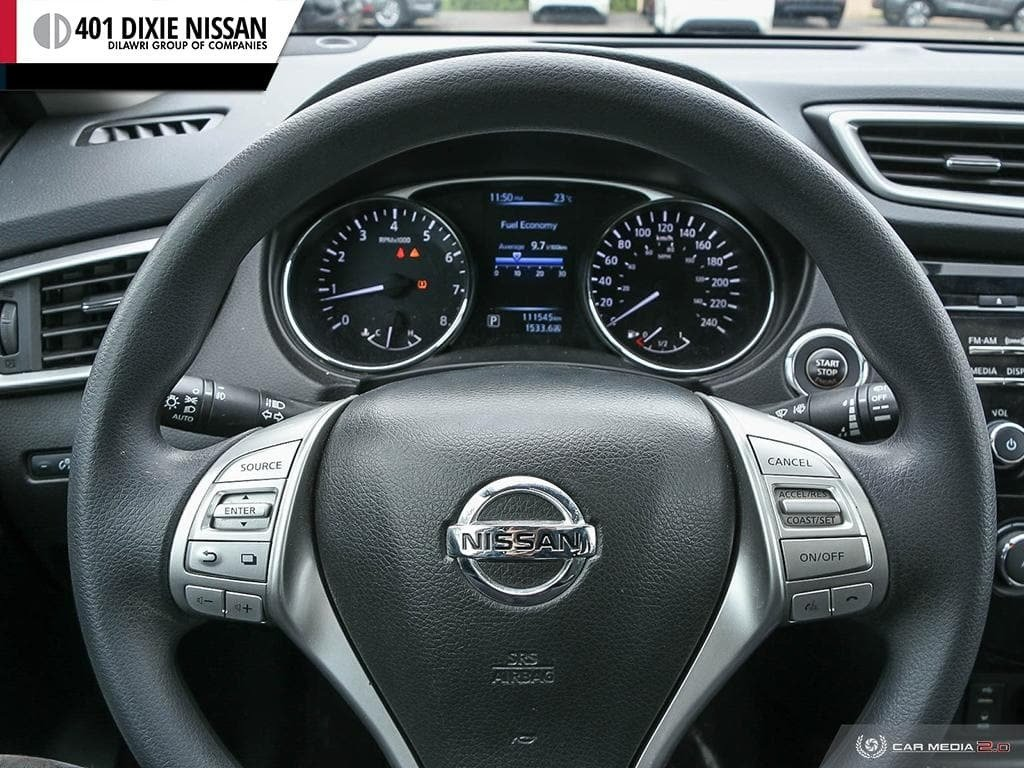 2015 Nissan Rogue SV AWD CVT in Mississauga, Ontario - 14 - w1024h768px