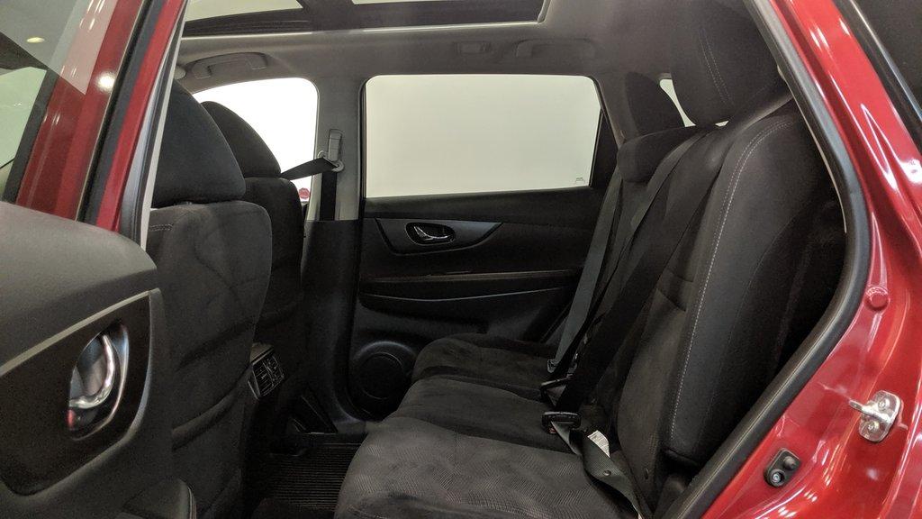 2015 Nissan Rogue SV AWD CVT in Regina, Saskatchewan - 13 - w1024h768px