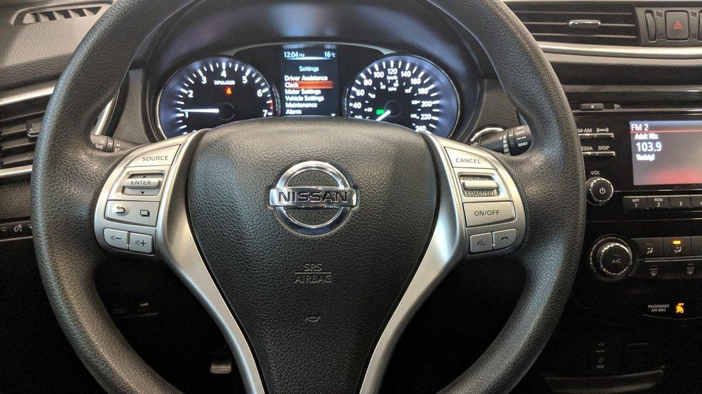 2015 Nissan Rogue SV AWD CVT in Regina, Saskatchewan - 5 - w1024h768px