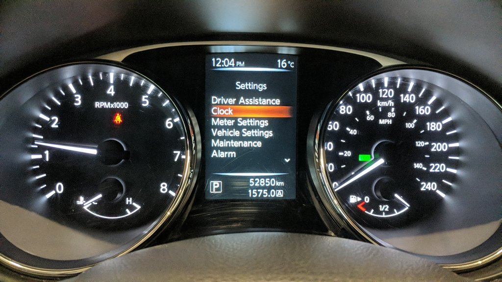 2015 Nissan Rogue SV AWD CVT in Regina, Saskatchewan - 2 - w1024h768px