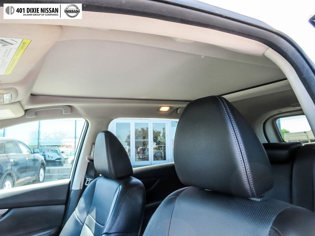 2016 Nissan Rogue SL AWD Premium CVT in Mississauga, Ontario - 48 - w1024h768px