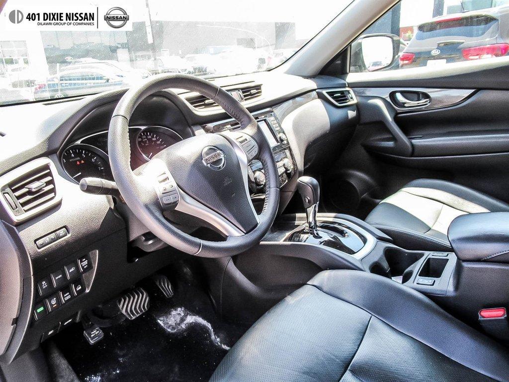 2016 Nissan Rogue SL AWD Premium CVT in Mississauga, Ontario - 10 - w1024h768px