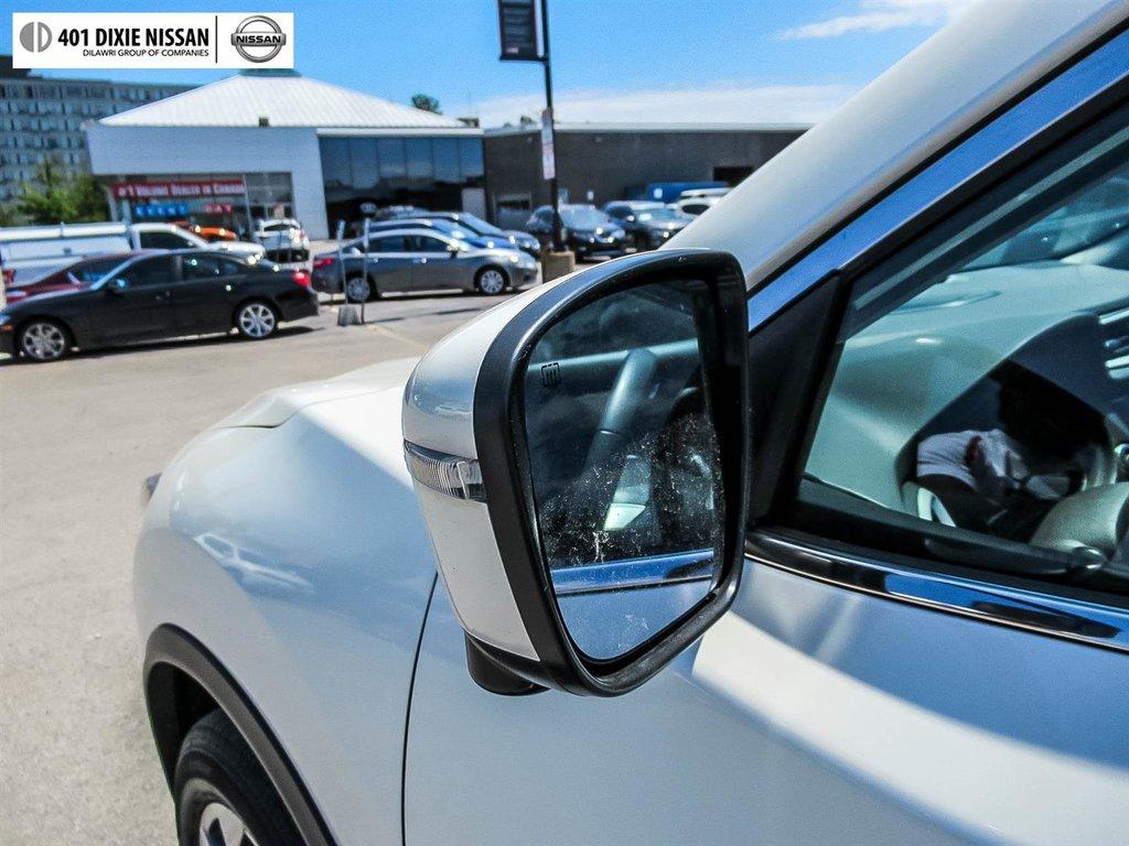 2016 Nissan Rogue SL AWD Premium CVT in Mississauga, Ontario - 47 - w1024h768px