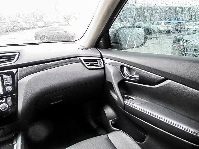 2016 Nissan Rogue SL AWD Premium CVT in Mississauga, Ontario - 38 - w1024h768px