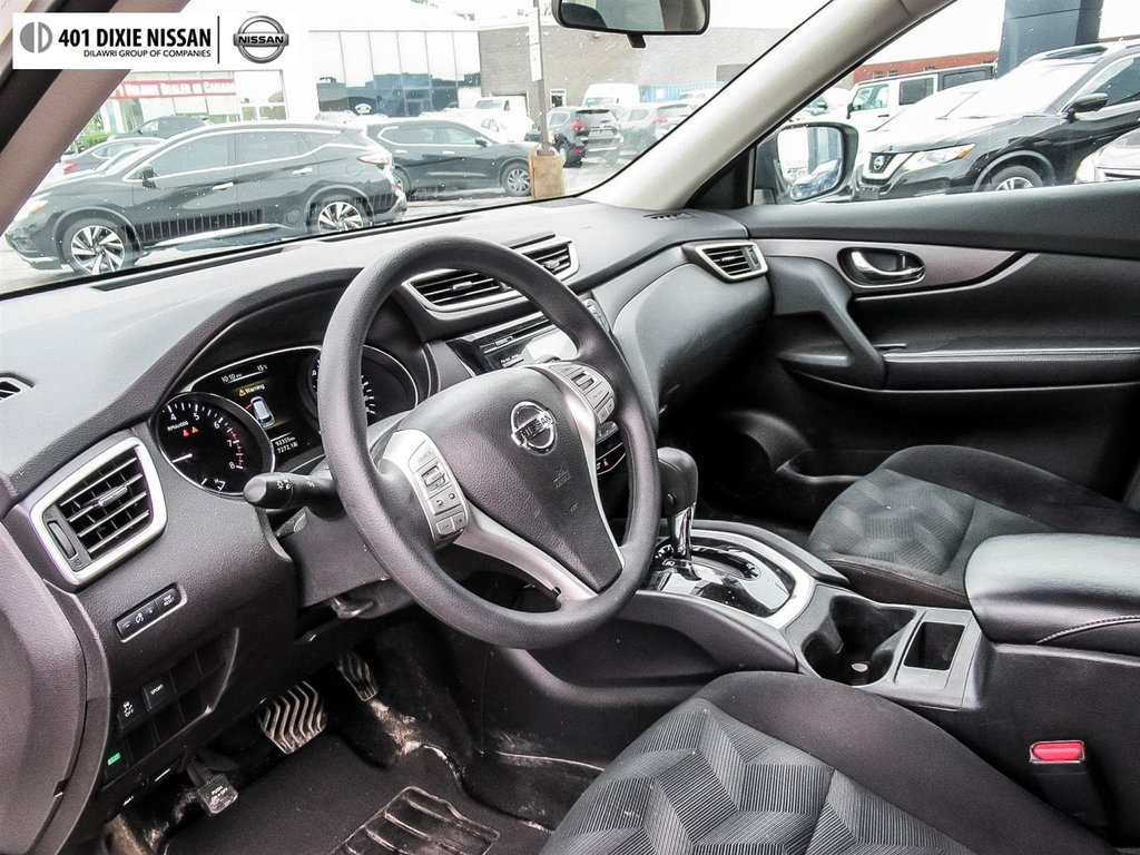 2016 Nissan Rogue S FWD CVT in Mississauga, Ontario - 7 - w1024h768px