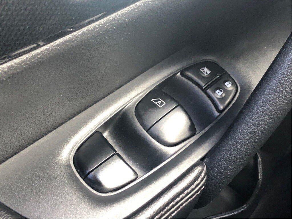2016 Nissan Rogue SL AWD Premium CVT in Vancouver, British Columbia - 9 - w1024h768px