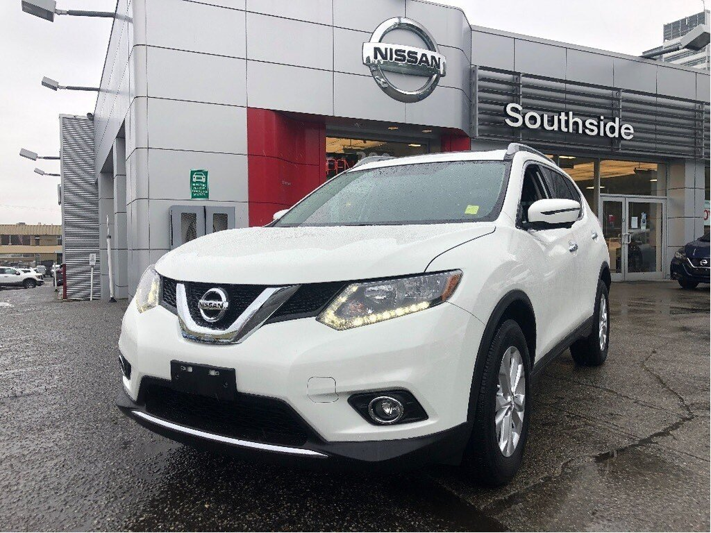 2016 Nissan Rogue SV AWD CVT in Vancouver, British Columbia - 1 - w1024h768px