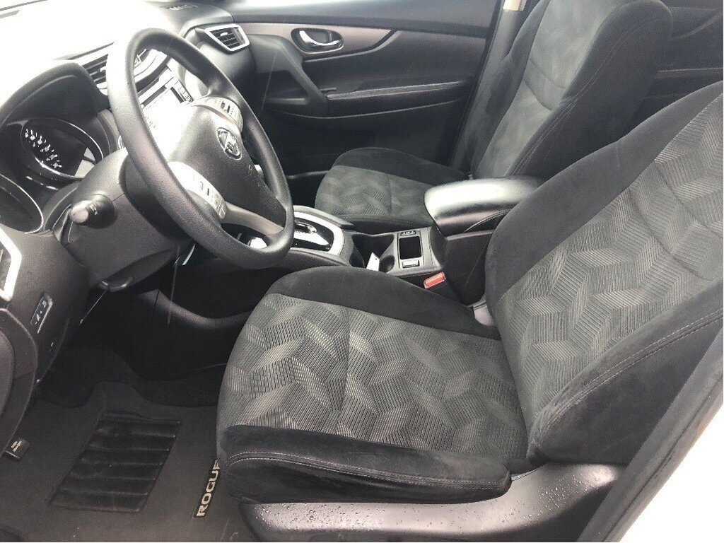 2016 Nissan Rogue SV AWD CVT in Vancouver, British Columbia - 12 - w1024h768px