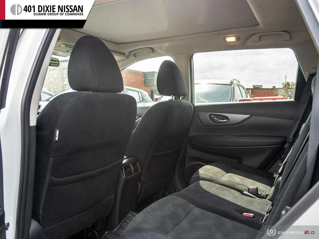 2016 Nissan Rogue SV AWD CVT in Mississauga, Ontario - 24 - w1024h768px