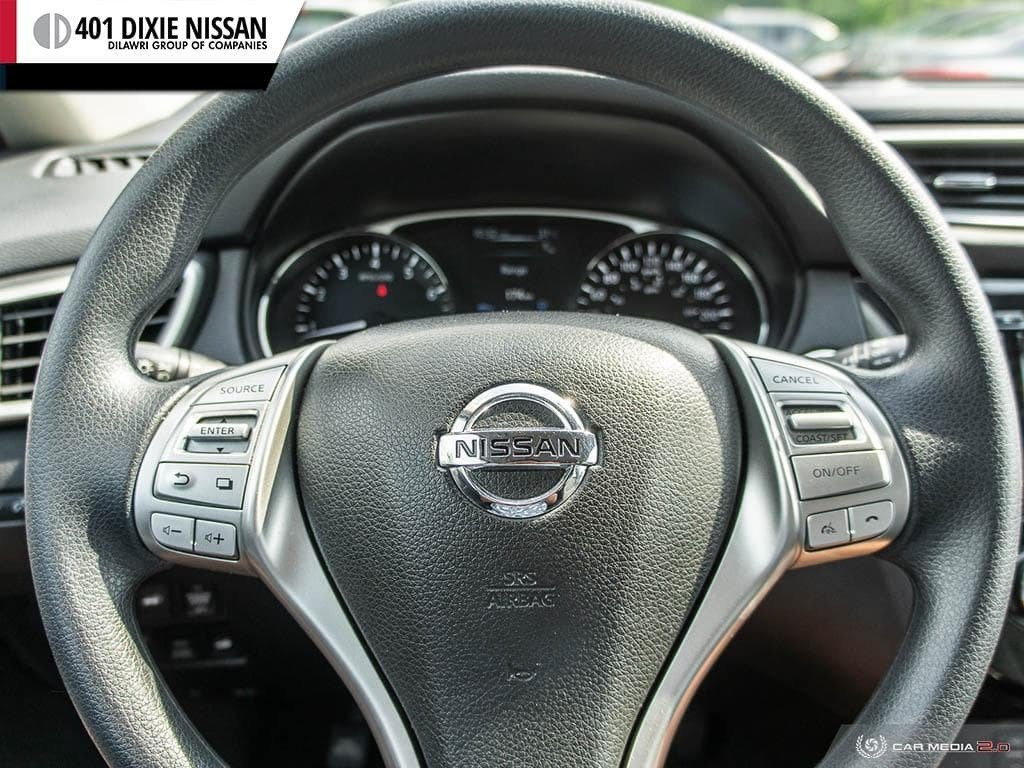 2016 Nissan Rogue SV AWD CVT in Mississauga, Ontario - 13 - w1024h768px