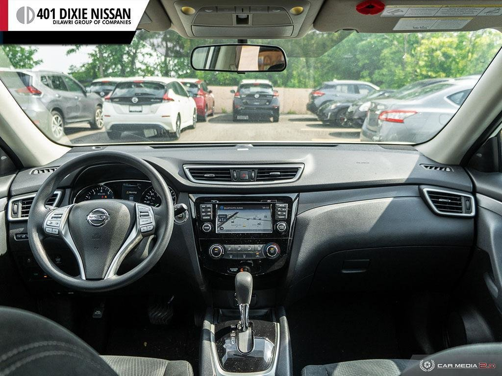 2016 Nissan Rogue SV AWD CVT in Mississauga, Ontario - 25 - w1024h768px
