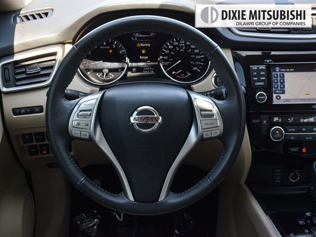 2016 Nissan Rogue SL AWD Premium CVT in Mississauga, Ontario - 13 - w1024h768px