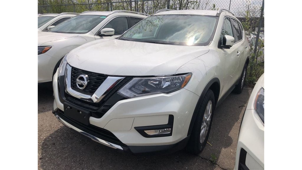 2017 Nissan Rogue SV AWD CVT in Mississauga, Ontario - 1 - w1024h768px