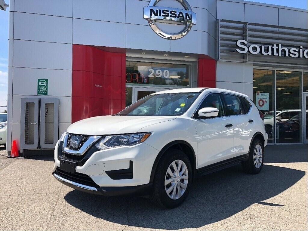2017 Nissan Rogue S FWD CVT in Vancouver, British Columbia - 1 - w1024h768px